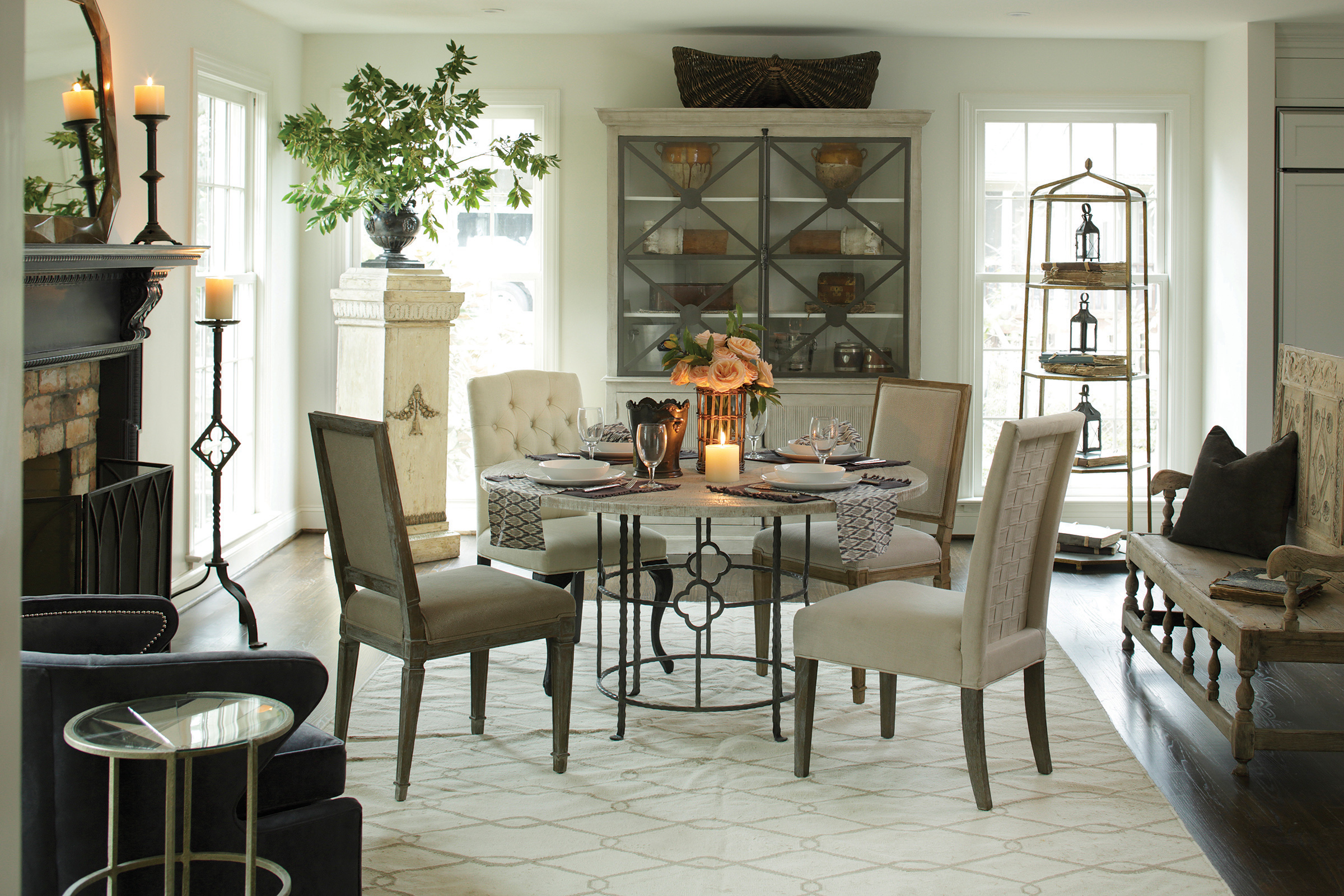 Conversational Chic Vintage Modern Meets Eclectic
