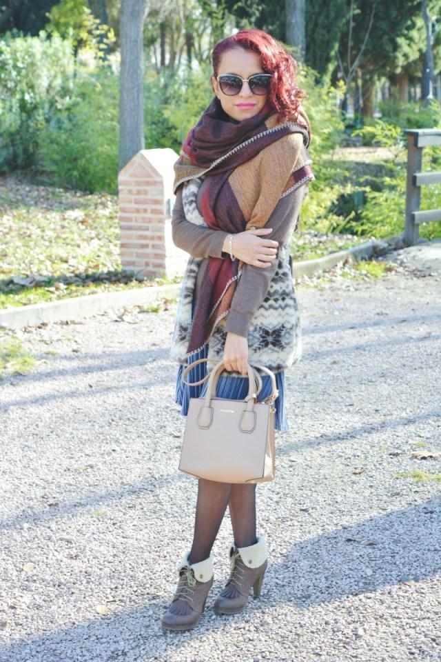look-con-falda-de-terciopelo-7