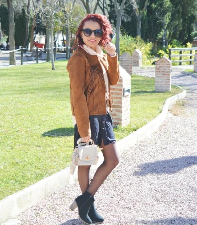look-con-chaqueta-y-falda-de-ante-2