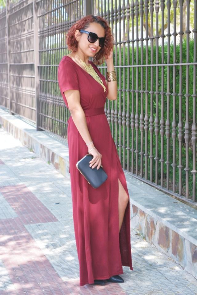 Vestido rojo largo con abertura
