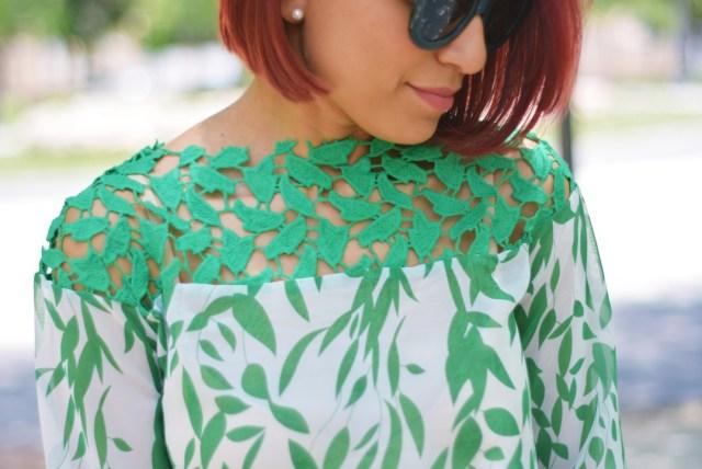 Detalles de blusa guipur