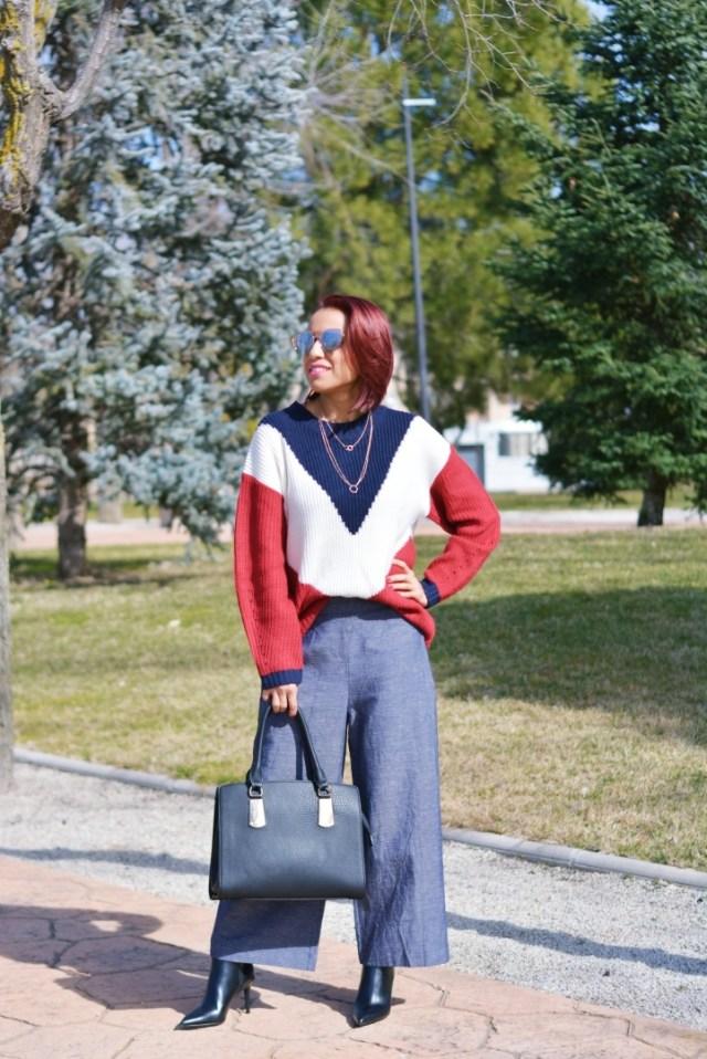 Jersey tricolor con pantalón palazzo