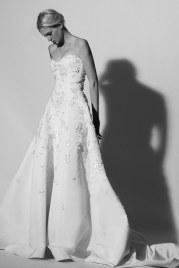 carolina-herrera-wedding-dresses-spring-2018-back-014