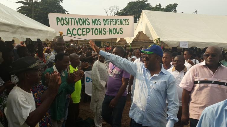 """Chambrier fils hausse le ton, """"le Gabon est en crise"""""""