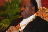 Un enfant d'Omar Bongo saisi Nantes pour avoir l'acte de naissance de son frère Ali Bongo
