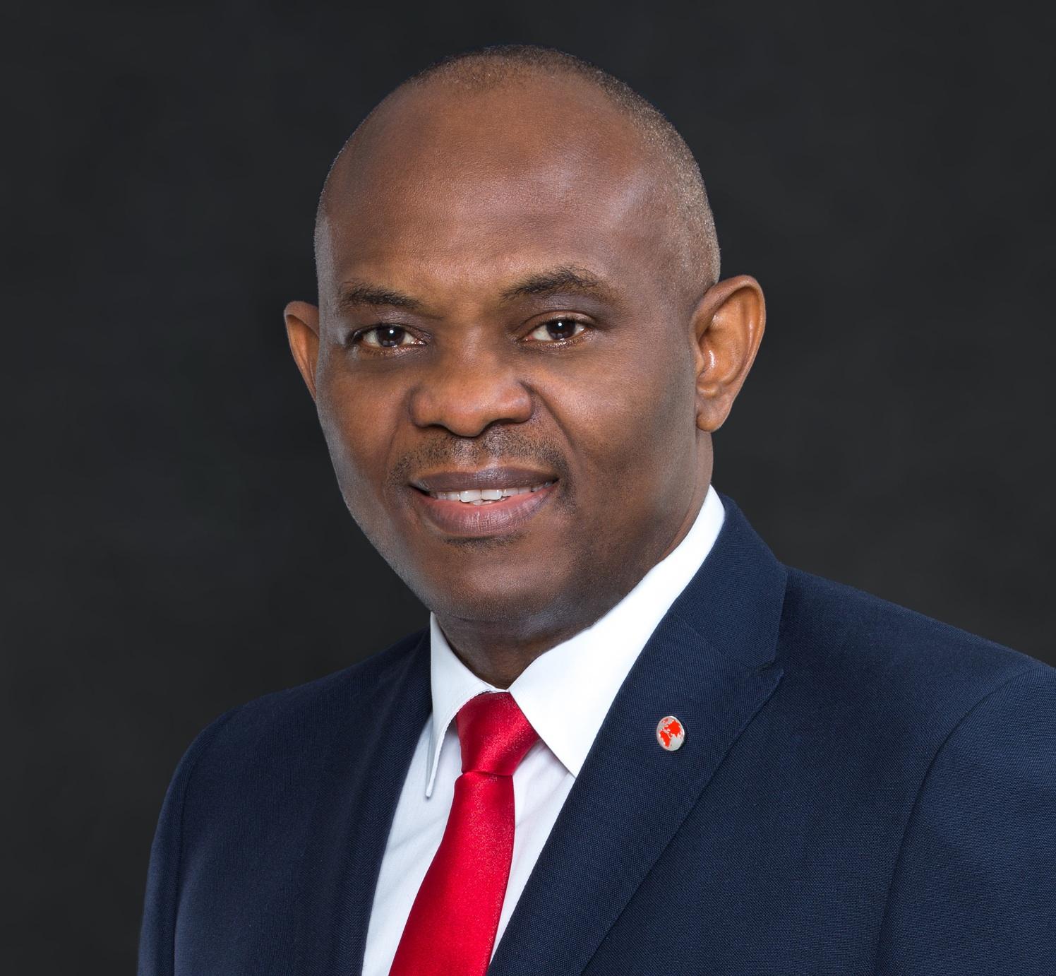 """Elumalu encourage le congrès américain à adopter  la loi """"électrifier l'Afrique"""""""