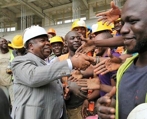Ali Bongo admire les chantiers du stade Omnisports et le tronçon PK5-PK12