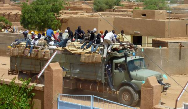 Algérie : la société civile gabonaise dénonce l'expulsion musclée des migrants subsahariens