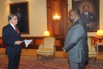 Six nouveaux diplomates accrédités au Gabon, un seul résidera à Libreville