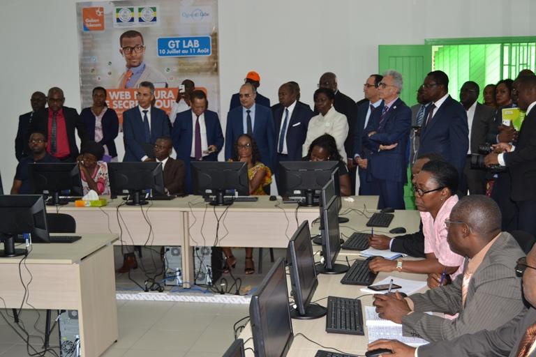 Gabon Telecom met en place  Imagine Academy pour  former  2000 enseignants aux NTIC