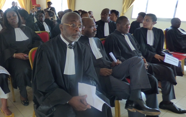 Barreau du Gabon: Me Lubin Ntoutoume terrasse Akumbu M'Olouna qui voulait un 6ème mandat