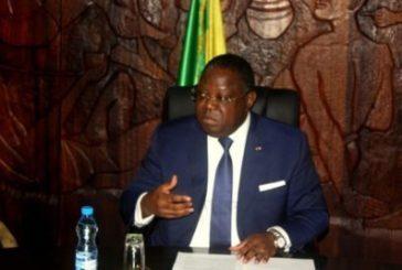 Emmanuel Issoze Ngondet veut faire avaler la pilule