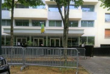 Les locaux de la chancellerie gabonaise de France sous surveillance policière permanente