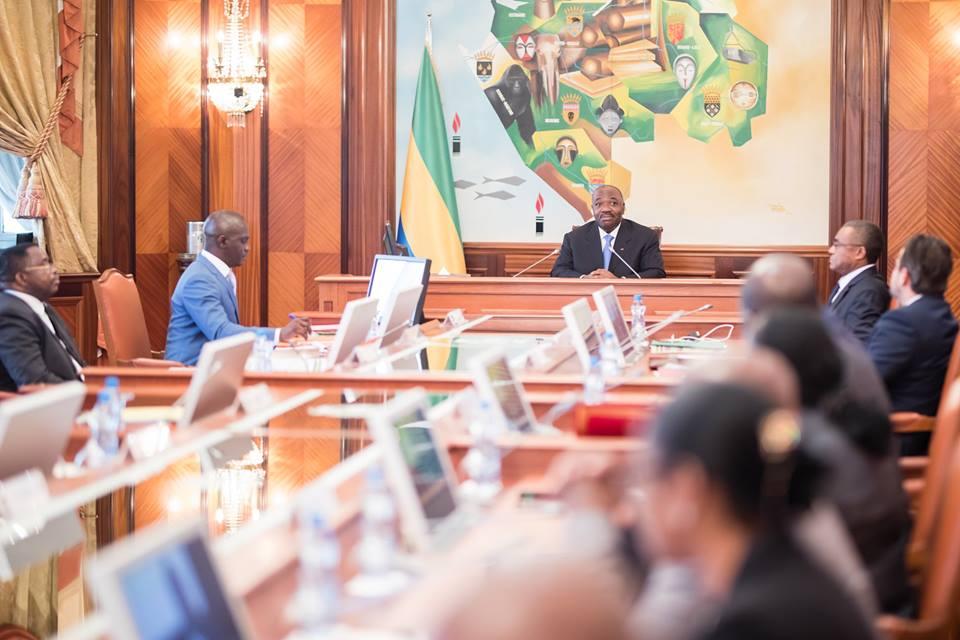 Ali Bongo préside son 1er conseil des ministres ce vendredi après son retour définitif au pays