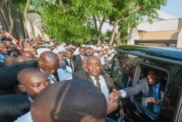 Ali Bongo fait son buzz sur internet