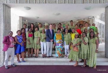 Honorine Nzet Biteghe évangélise les employées de Total Marketing sur les droits de la femme