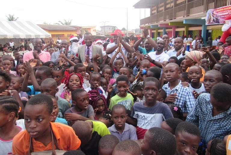 Noël pour tous pour plus de 1000 enfants du 6ème arrondissement de Libreville