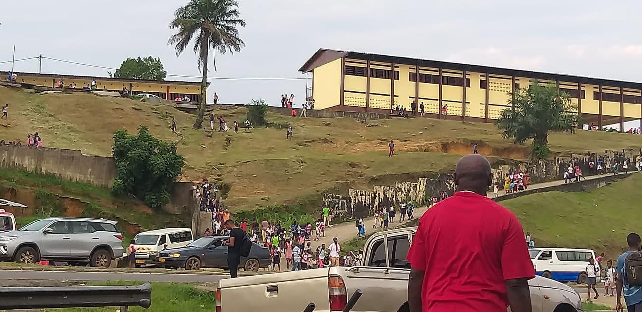 Un gendarme se fait voler 400 000 FCFA dans un motel et exige le remboursement de la somme par l'époux de la voleuse