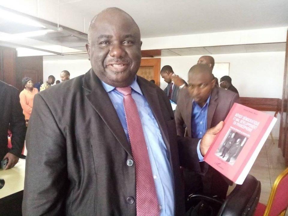 Jean Rémy Yama réélu à la présidence de DU pour chauffer le crane du gouvernement