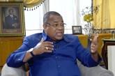 Julien Nkoghe Békalé ni en fuite ni recherché, selon ses proches