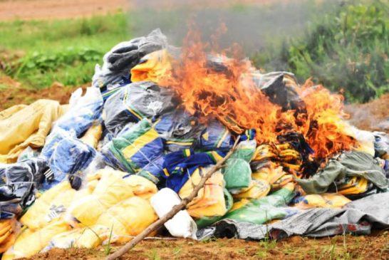 Gabon : 3000 maillots et shorts contrefaits incinérés