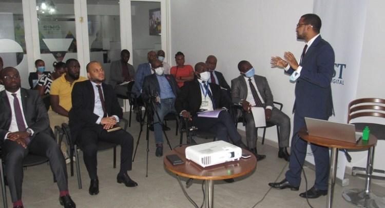 Les participants durant l'atelier sur la transformation digitale organisé par ST Digital Gabon le 23 octobre à Libreville © Gabonactu.com