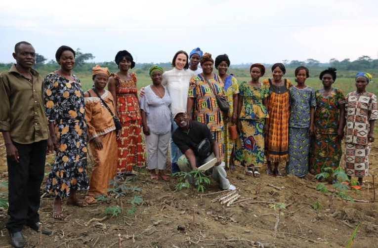 Sylvia Bongo magnifie la femme rurale