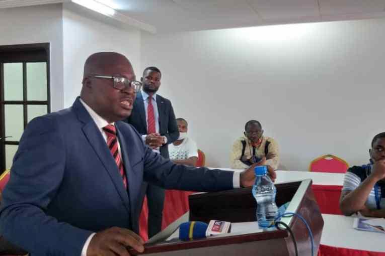 Visa Schengen : il faut vite sortir le Gabon de la liste noire (Moukagni-Iwangou)
