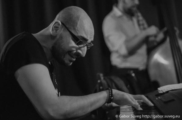 DRESCH MIHÁLY feat. GÁSPÁR KÁROLY TRIÓ @ BÚGÓCSIGA / 7 © Gabor Suveg