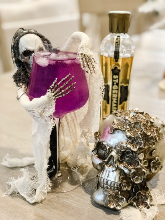 Our universal wine glasses aren't just for wine. Enjoy this festive Witches Brew Cocktail, made with Bully Boy Vodka, and enjoyed in your Gabriel-Glad stemware!