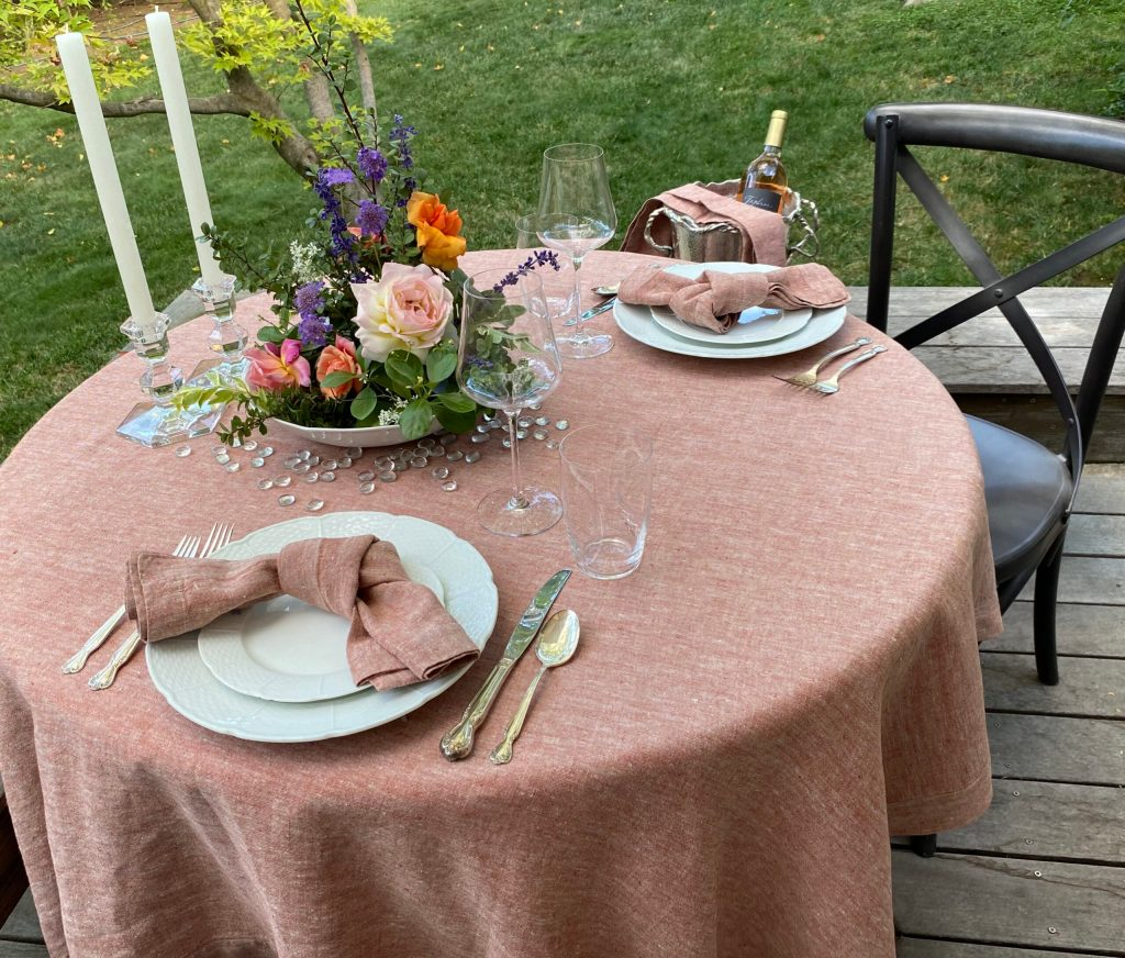 Tablescape How-To: An Elegant Dinner