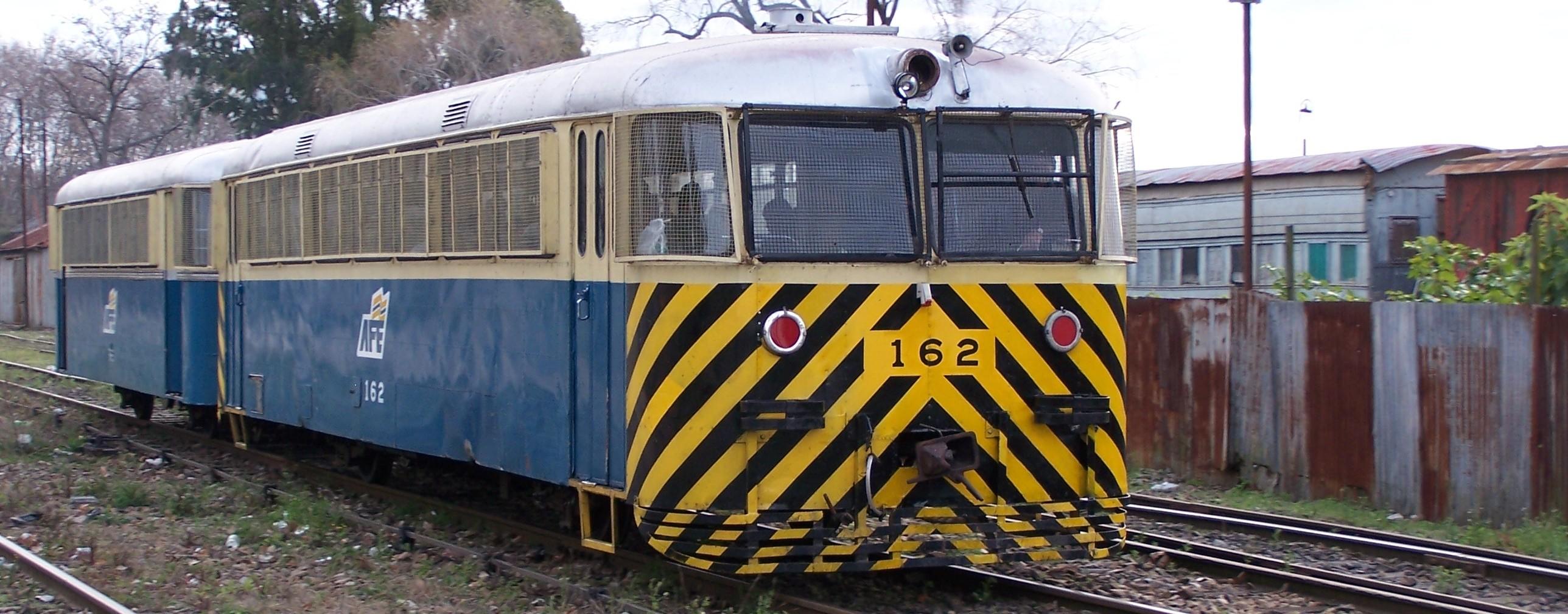 Ferrobús en Peñarol ( archivo © Mario DeVita )