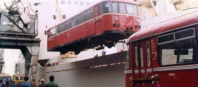 x100 DESEMBARCO5_(21 de Agosto 1981)villasayago