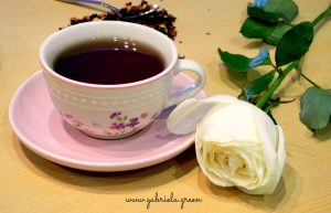 Tea Meditation | Teacup white rose | Gabriela Green
