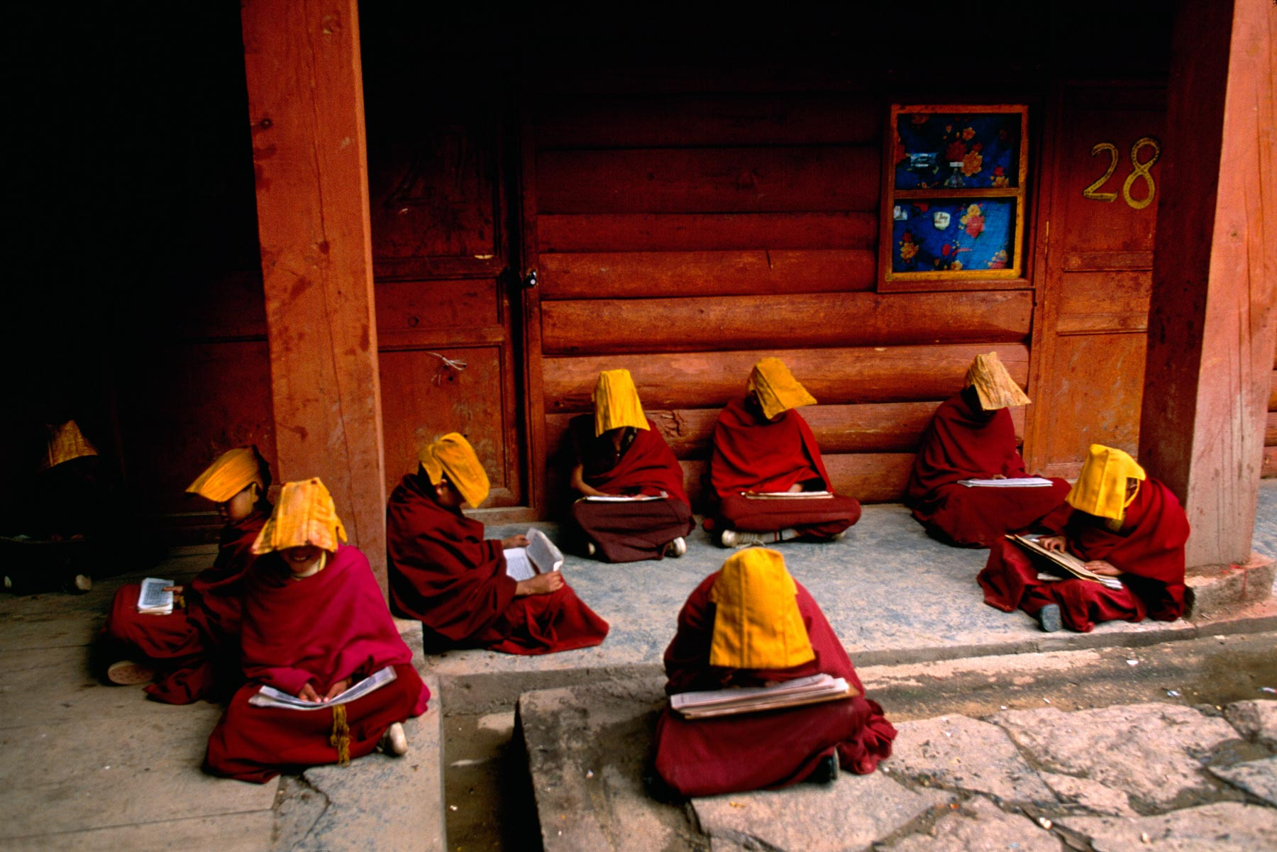 Buddhism And Hinduism Similarities And Differences Essay