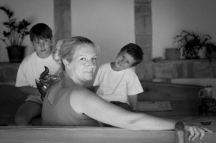 gabriela fine art photography- portrait of a woman as a mother, Andrea