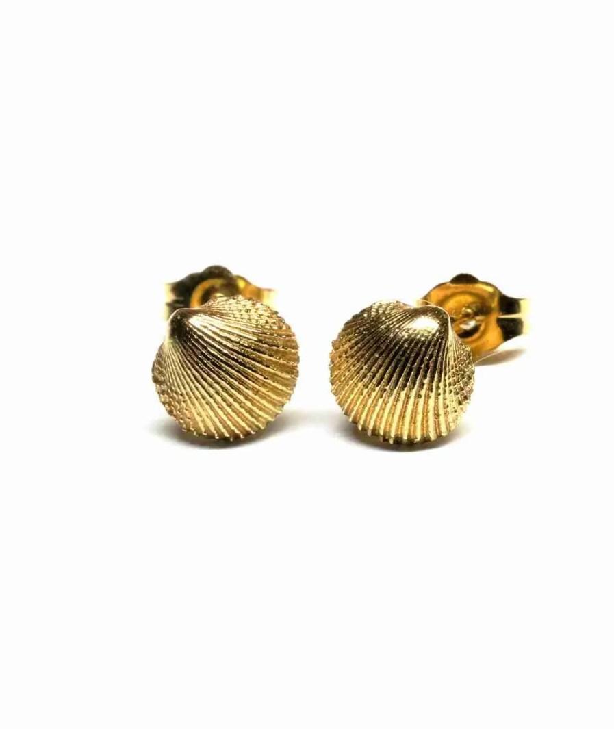 seashell gold studs