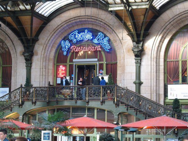 Paris Gare de Lyon Train Bleu