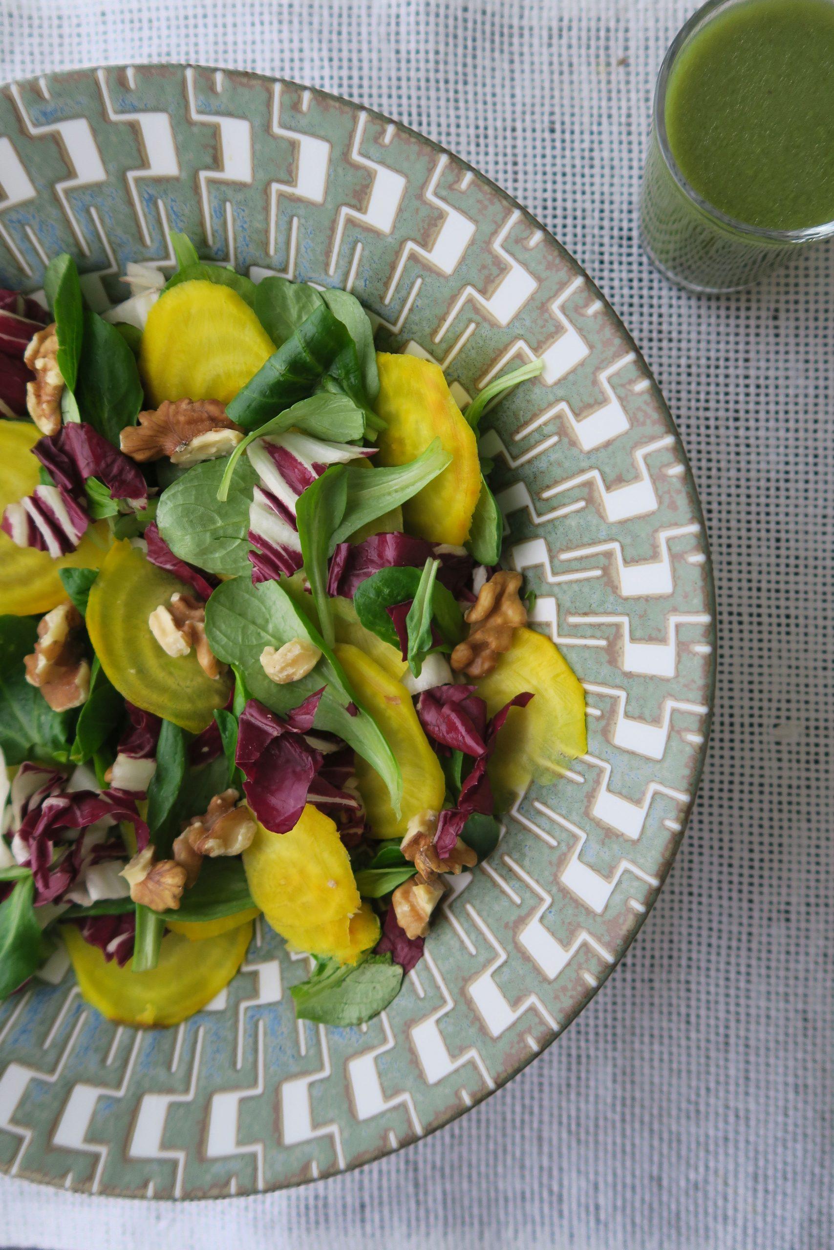 Blattsalate Gelbe Bete Nüsse
