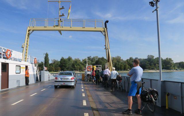 Rheinfähre Radfahren Pfalz