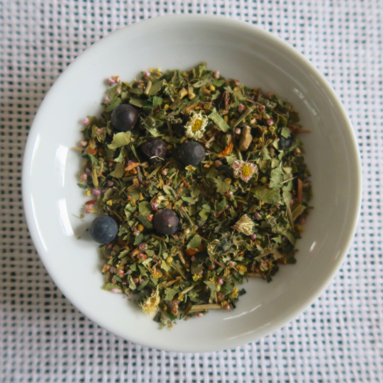 Montafon-Alpenkräuter im Tee