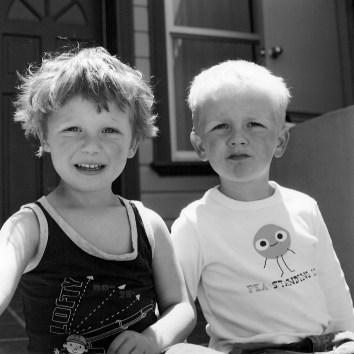 childhood_twoboys