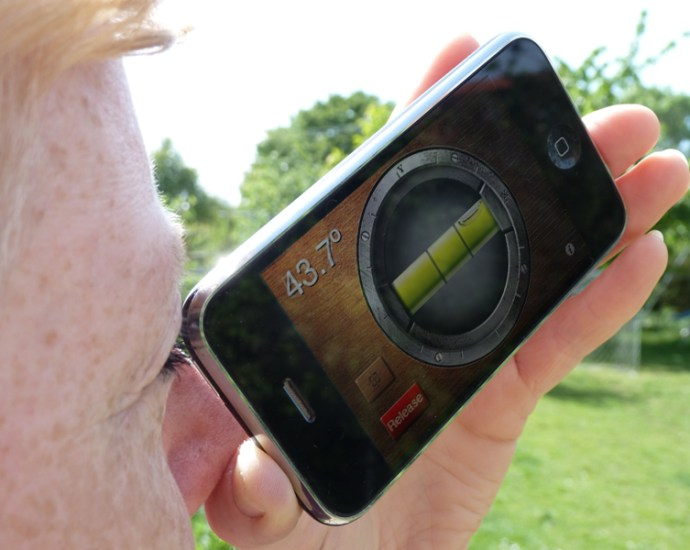measuring the angle of elevation with a smartphone