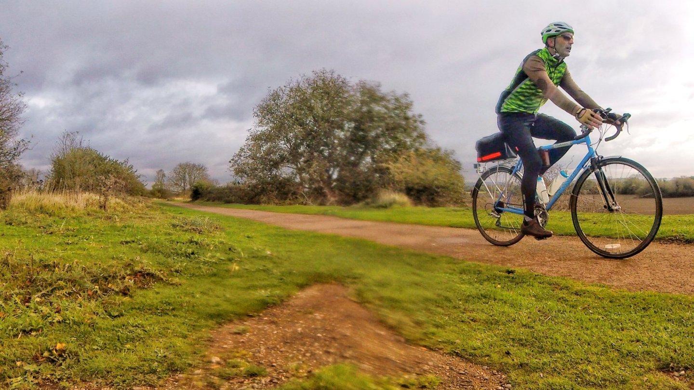 Gabriel Hemery cycling
