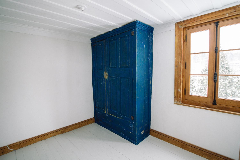 restauration vieille armoire