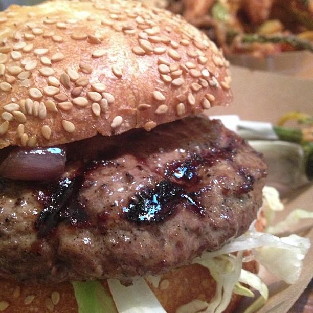 Mmm Victory Burger