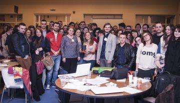 Pe 27 martie, 50 de voluntari profesioniști stau peste program pentru o cauză