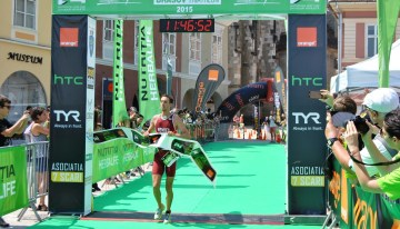Peste 500 de sportivi au spus da provocarii Herbalife Brasov Triathlon