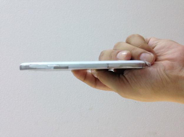 Samsung Galaxy S4 lateral