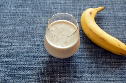 Kefir banana smoothie